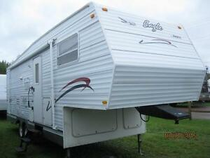 $84 BiWeekly Jayco Eagle 27' Fifth Wheel, Large Rear Bath!