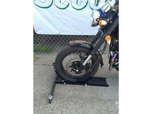 BLOQUE ROUE MOTO SCOOTER MOTOCROSS , wheel chock , TRANSPORT