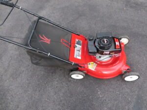 Yard Works - MTD - Gas - Push Lawnmower with bagger - like new