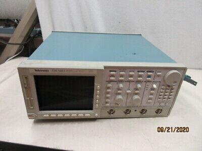 Tektronix Tds 520a Oscilloscope