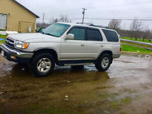 sale or trade for truck  2000 Toyota 4Runner sr5 SUV, Crossover