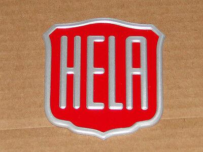 Herman LANZ Aulendorf  ( HELA ) Emblem Haubenemblem für Traktor Motorhaube /rot