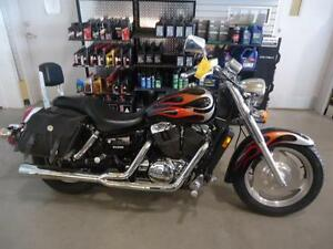 HONDA SHADOW VT 1100 USAGE West Island Greater Montréal image 2