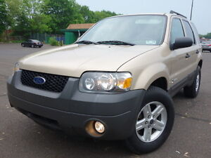 FORD-ESCAPE-HYBRID-4WD-GAS-SAVER-LEATHER-CLEAN-FREE-AUTOCHECK-NO-RESERVE