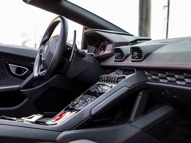 Image 22 Voiture Européenne d'occasion Lamborghini Huracan 2017