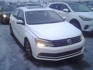 2015 VOLKSWAGEN JETTA/ SUNROOF-BACK UP CAMERA $39 SEMAINE