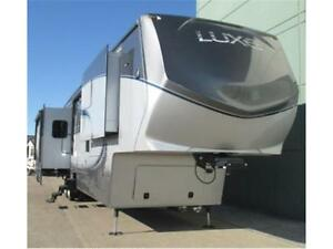 2016 Luxe 40RE