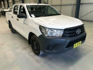2016 Toyota Hilux TGN121R WORKMATE DOUBLE CAB 4X2 White Sports Automatic Dual Cab Utility Dubbo Dubbo Area Preview