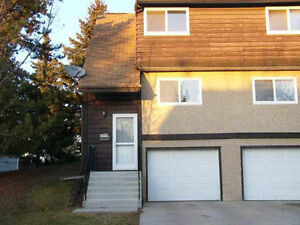Reno'd 3 bedroom townhome immediate possession available