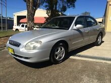 2000 Hyundai Sonata GLE Classique Silver 4 Speed Automatic Sedan Macquarie Hills Lake Macquarie Area Preview