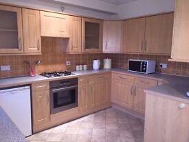 Spacious Double Rooms to Rent. Modern, Newly Refurbished 4 Bed House. LE4. LEICESTER