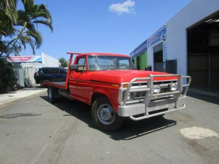 FORD F350 UTE - Banana Back LOW KMS V8 Currumbin Waters Gold Coast South Preview