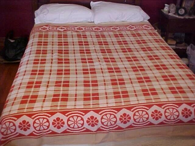 VINTAGE WOOL BLANKET, RED, TAN, AND WHITE DESIGN