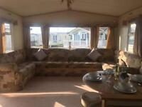 2 Bedroom caravan holiday home, Naze Marine, next to Beach! Essex