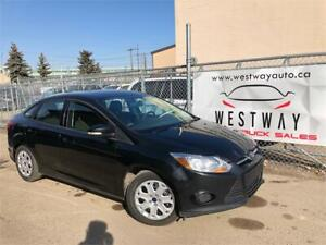 2014 FORD FOCUS SE ONLY HAS 128360 KMS HEATED SEATS BLUETOOTH !