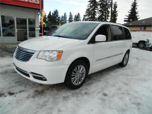 2011 DODGE CARAVAN TOWN & COUNTRY 127 000KMS