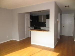 Top Floor Unit with Balcony near Oliver Square