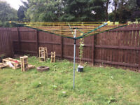 Clothes drying line whirlygig great condition