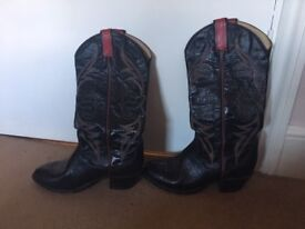 Authentic women's cowboy boots from Texas!! Tony Lama brand