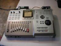 Zoom multi track recording studio MRS802