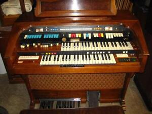 Hammond Aurora 50th anniversary organ