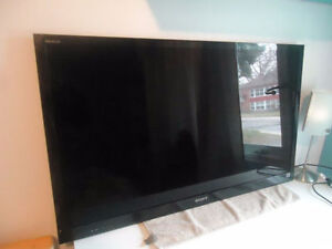 SONY BRAVIA 3D TV 46 INCHES FULL HD 1080
