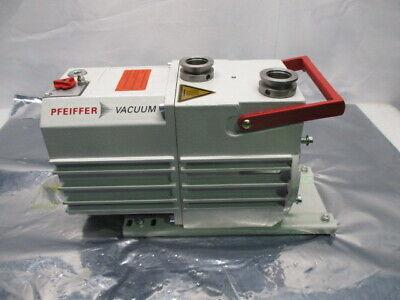 Pfeiffer DUO 10 M Vacuum Pump, PK D62 712 D, RS1053