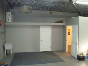 Shop / Office in Secure Buiding / Available Dec 1 Cambridge Kitchener Area image 2