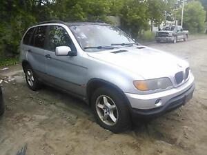 BMW X5 (2000/2006 FOR PARTS PARTS ONLY)