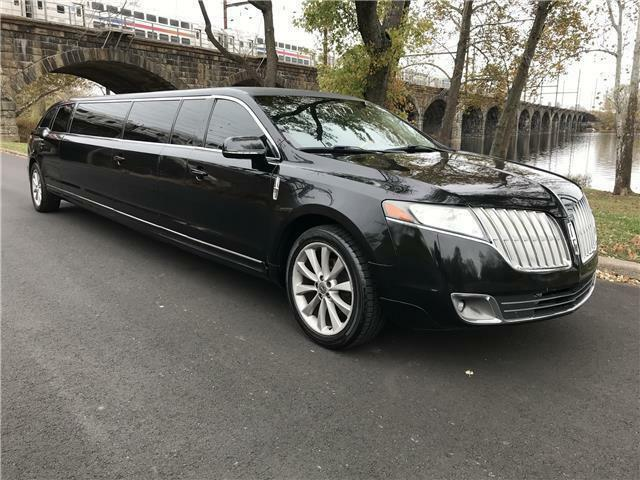 Image 1 Limousine Lincoln MKT 2012