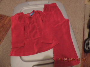 Girl's Size 24 months Children's Place Holiday Outfits London Ontario image 2