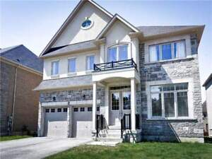 House for Sale in Richmond Hill at Puccini Dr