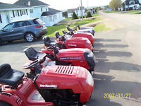 Lawnmowers and Lawntractors for sale