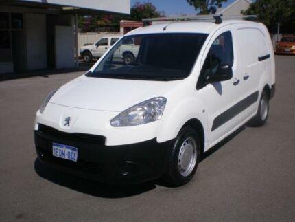 2010 peugeot partner vanminivan turbo diesel cars vans utes 2013 peugeot partner b9p update 16 hdi white 5 speed manual van fandeluxe Gallery