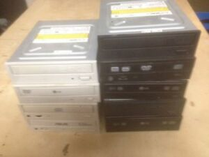 CD / DVD READERS & WRITERS - ALL IDE London Ontario image 1