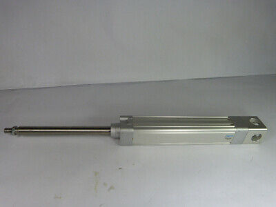 Festo Dnce-40-150-bs-5-p-g-200k8 Electric Cylinder W Piston Rod Used