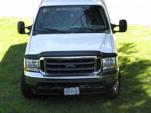 2002 Ford F-350 White Pickup Truck