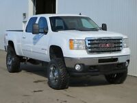 2012 Sierra 2500 Loaded Diesel W/ Brand new Lift/Rims/Rubber!!