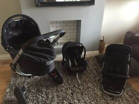 Quinny Buzz 3 Rocking Black Travel System - Carrycot, Pushchair, Car Seat! Good condition.