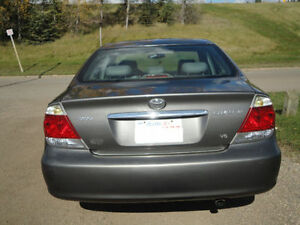 2005 Toyota Camry XLE with low mileage Edmonton Edmonton Area image 6