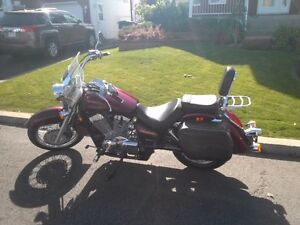 Honda shadow  750 model aero 2004 rouge