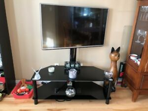 LG TV 43 inches with TV stand included