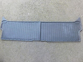 Genuine Land Rover Discovery Rubber Mat Set