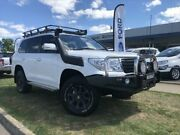 2013 Toyota Landcruiser VDJ200R MY13 GXL (4x4) White 6 Speed Automatic Wagon Young Young Area Preview