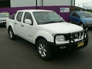 2012 Nissan Navara D40 MY12 RX (4x4) White 6 Speed Manual Dual Cab Pick-up Dubbo Dubbo Area Preview