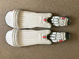 Grey Nicholls Cricket Batting Pads & Gloves