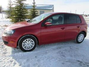 2012 VW Golf 2.5L 5-Door *LOW KM'S!*