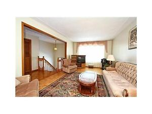 Extra Big Cleaning Room - 5 Mins Waling Conestoga Doon Compus!!! Kitchener / Waterloo Kitchener Area image 1