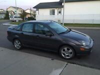 2004 Ford Focus - leather, sunroof, air conditioning
