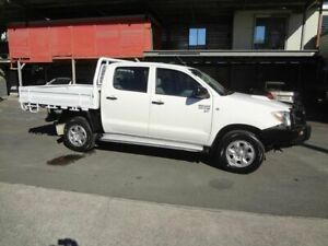 2010 Toyota Hilux KUN26R MY11 Upgrade SR (4x4) White 5 Speed Manual Dual Cab Chassis Coopers Plains Brisbane South West Preview